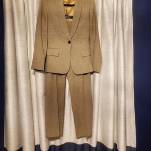 ANN KLEIN TAN BLAZER AND TROUSER SUIT SET …
